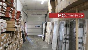 Skladově / výrobní prostory s kancelářským zázemím u D1