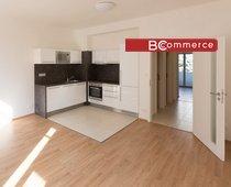 Prodej, byt 2+kk, 52m² s balkonem do zahrady