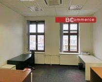 Pronájem uzavřené kancelářské jednotky, 214 m²