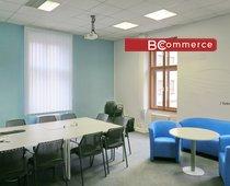 Moderní klimatizovaná kancelářská jednotka, 54m²