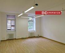 Samostatná klimatizovaná kancelářská jednotka, 204m²