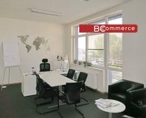 Samostatná klimatizovaná kancelářská jednotka, 540m²