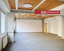Pronájem kancelářské jednotky v centru města, 125m²