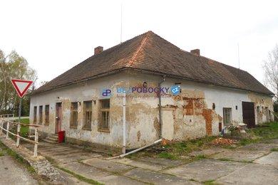 Prodej, Rodinné domy, 270m² - Leskovice, Ev.č.: 102-00185
