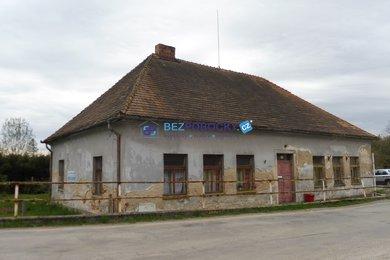 Prodej, Rodinné domy, 270m² - Leskovice, Ev.č.: 102-00188