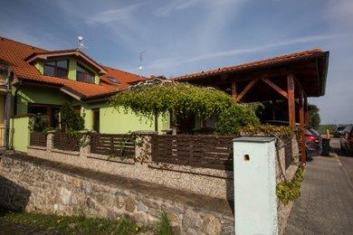 Prodej krásného rodinného domu 4+1 Znojmo - Přímětice, Ev.č.: 18B-0018