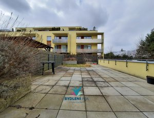 REZERVOVANO: Prodej bytu 2+kk, 60m² + Garážové stání, ulice Rýnská, Praha-Čakovice