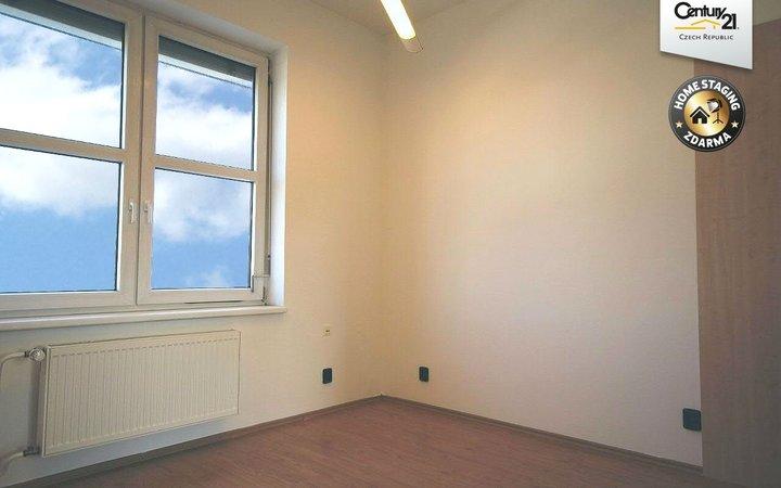 5 kanceláří s terasou, 115 m2, Olomoucká - Brno
