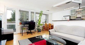 Světlý a prostorný byt 3+kk/L/S (82 m2), Letňany - Pha