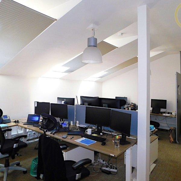 Pronájem kancelářských prostor 288 m2, Washingtonova