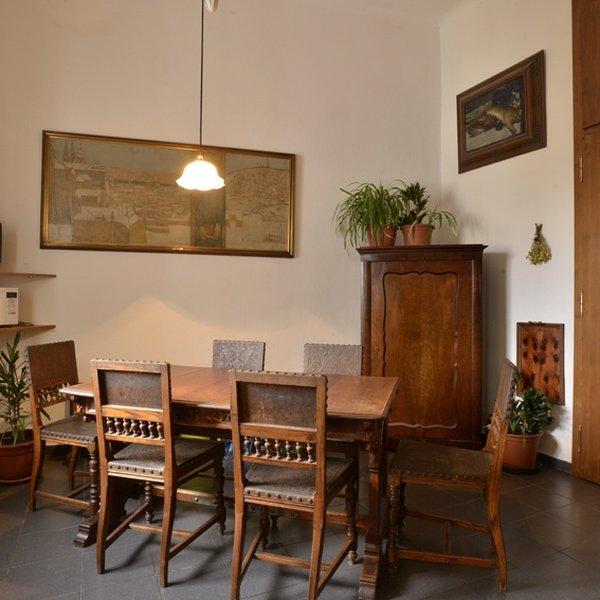 Prostorný byt128 m2 u metra Dejvická, P-6 Bubeneč