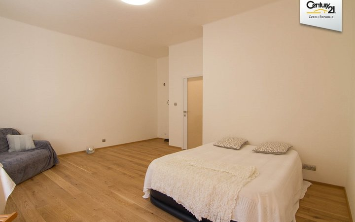 Prodej bytu po kompletní rekonstrukci Praha 10 Vršovice