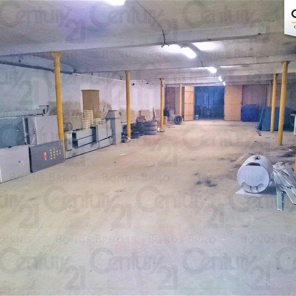 Pronájem skladového prostoru 46 741 m² Kořenec