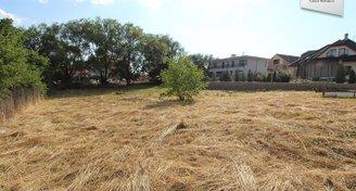 Prodej pozemku, Jinočany