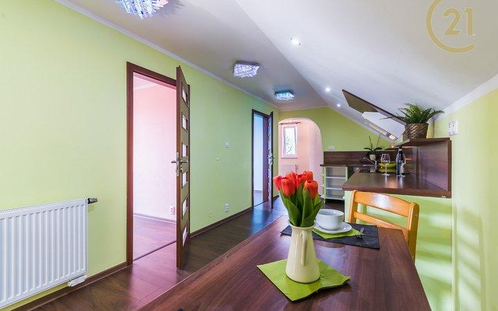 Pronájem bytu 3+1, 83 m2, Buštěhrad