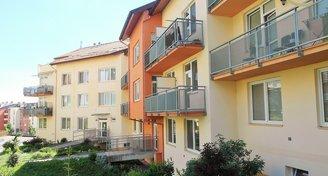 Pronájem slunného bytu 1+kk s terasou