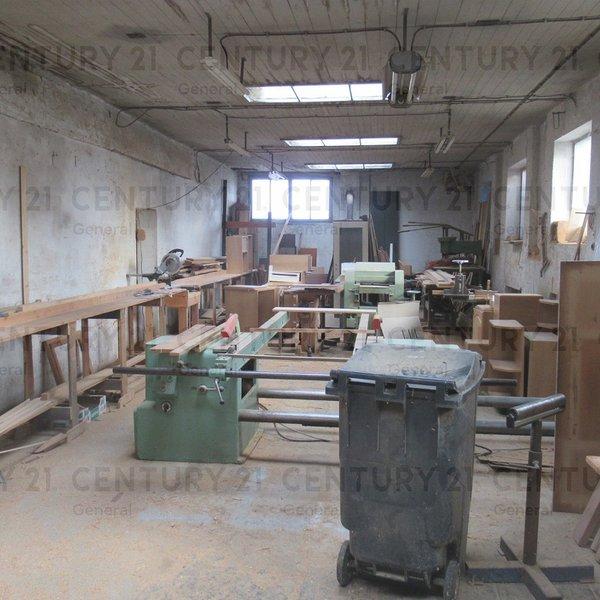 Prostory k výrobě a skladování v centru města