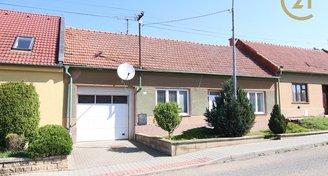 Prodej RD 3+1 s garáží a velkou zahradou v Otnicích