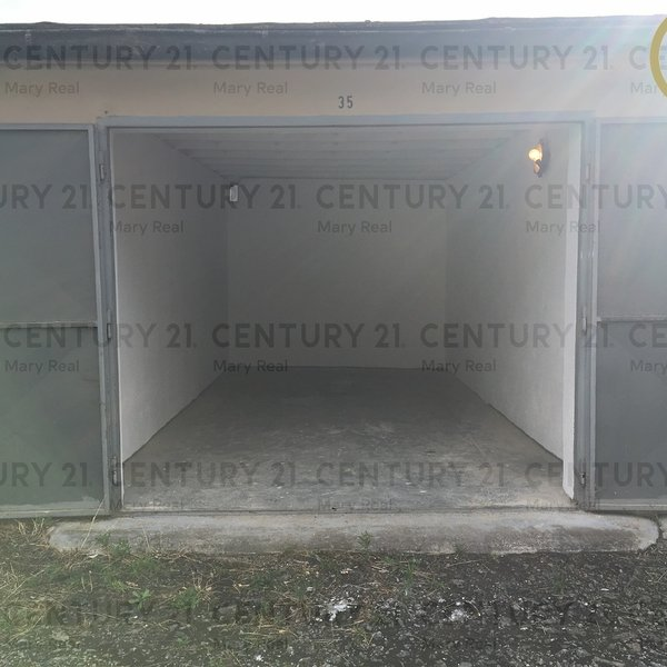 Řadová garáž u nemocnice - Bachmačská
