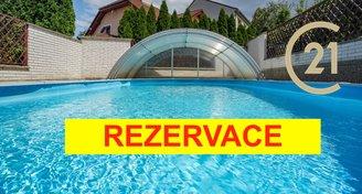 Pronájem rodinného domu 4+kk s bazénem ve Vyškově