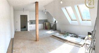 Nádherný mezonetový byt 4+kk 126m2, Roztoky
