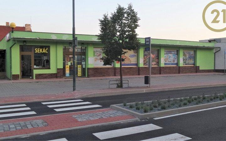Samostatná prodejna - supermarket v Černošicích 650 m2