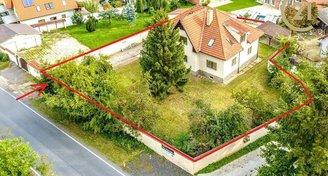 Rodinný dům 300m2, pozemek 1 187m2 v Říčanech u Prahy
