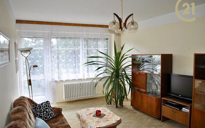 Pronájem bytu 2+1 v Hradci Králové, ulice Mrštíkova.