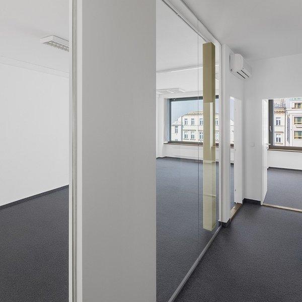 Pronájem kancelářských prostor  181m2 , 175m2
