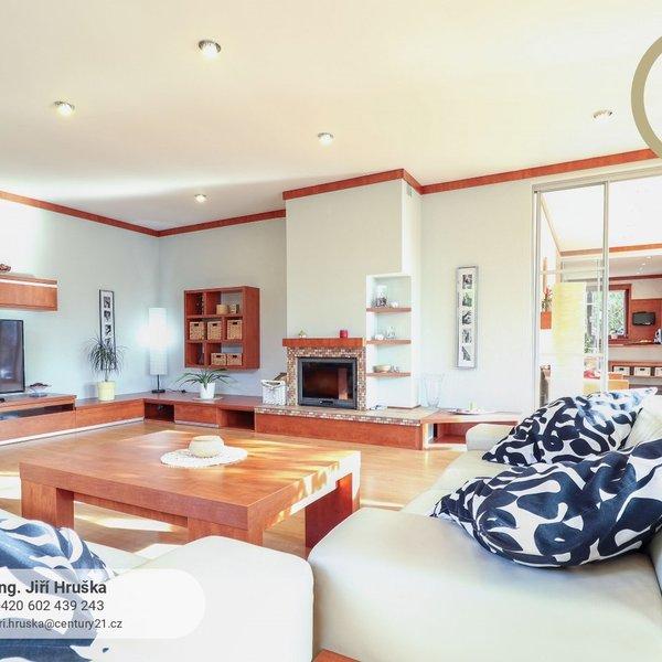 Luxusní rodinný dům 288 m2, pozemek 1248 m2, Varnsdorf