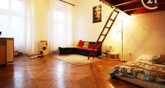 Prodej cihlového bytu 1+1 (55 m2) Brno, Lužánecká