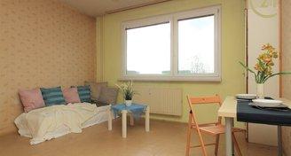 Světlý a prostorný byt 2+kk