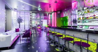 Pronájem zavedeného baru 86 m2 Kladno centrum