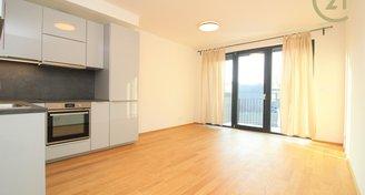 Pronájem nového bytu 3+kk s balkonem a garážovým stáním