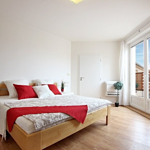 Pronájem nadstandardního vybaveného bytu 3+1