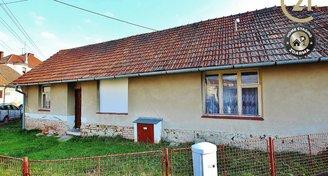Prodej rodinného domu k rekonstrukci, Šebrov