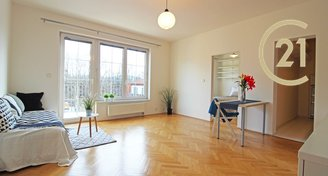 Světlý byt 2+kk, B/G,  55 m2, Na Hřebenkách, Praha 5