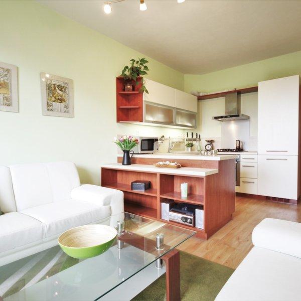 Pěkný cihlový byt 2+kk v klidné lokalitě Rousínova
