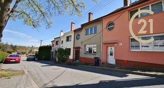 Prodej rodinného domu k rekonstrukci 170 m² a zahradou - ul. Smetanova, Šlapanice