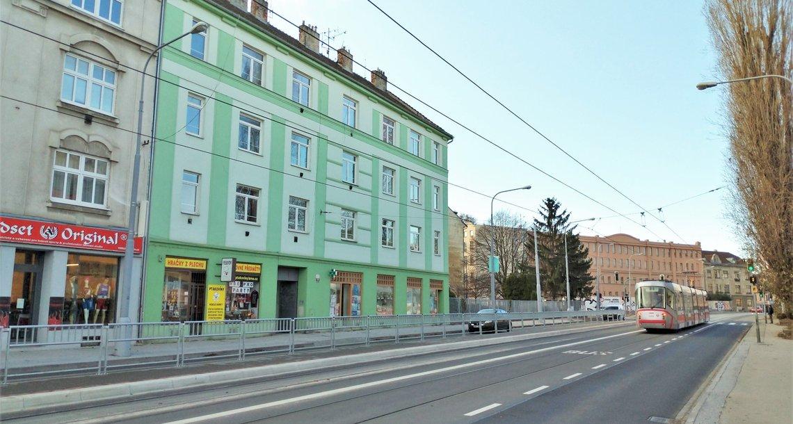 dům z ulice
