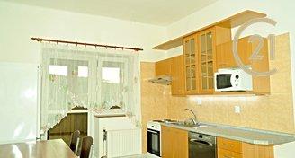 Nově rekonstruovaný byt 3+1