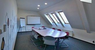 bytový/kancelářský prostor 316m2,Chodov, priv.parking, zahrada