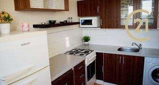 Pronájem slunného Bytu 2+1, 49 m² - Na Valtické 44, Břeclav - Ch.N.V.