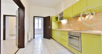 Prvorepublikový byt  3+1, 102 m2 na ul. Panská