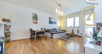 Pronájem bytu 2+1/G/T - 58m2 v ulici V Dolině Praha 10 – Michle