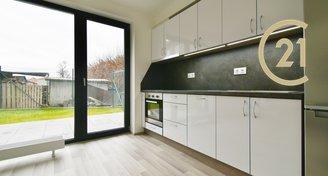 Krásný nový byty s terasou a zahrádkou 1+kk,  40 m² - Bučovice Trávnická
