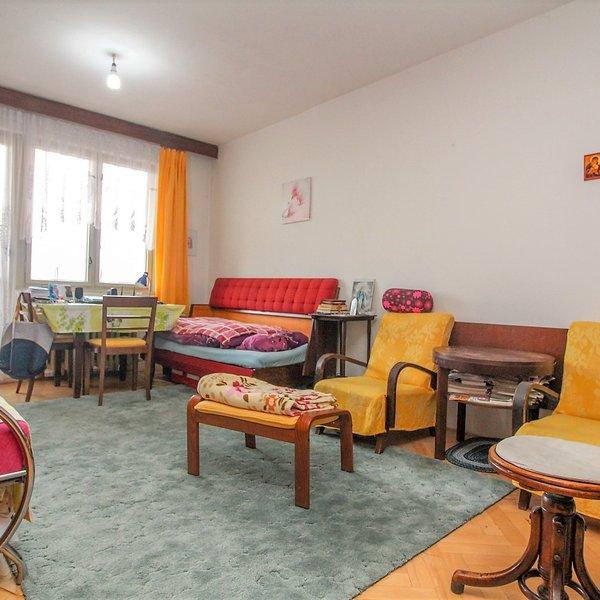 Prodej bytu 2+1 s lodžií ve vyhledávané lokalitě Petřin