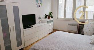 Pronájem zařízeného bytu 2+kk / 46m² - Praha 8 - Karlín