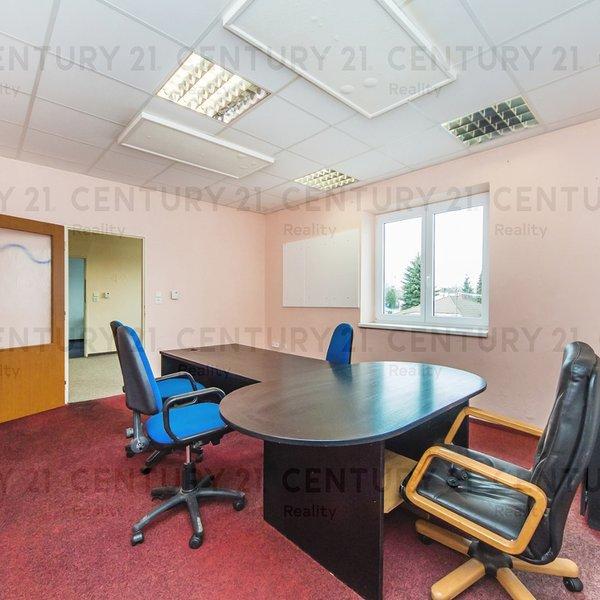 Pronájem kanceláří a skladových prostor