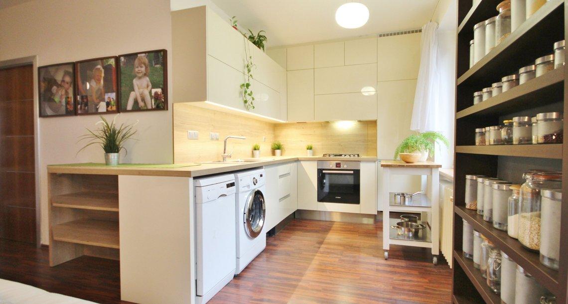 1) kuchyně